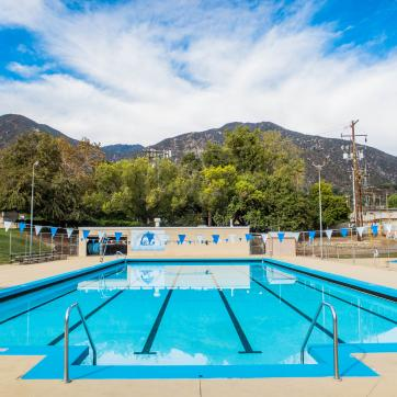 Sierra Madre Pool